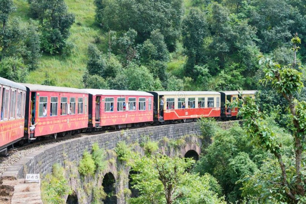 Himachal Toy Train Tour Packages