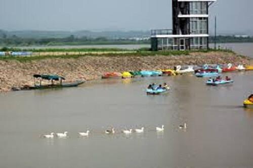 Sukhna Lake, Chandigarh, Punjab
