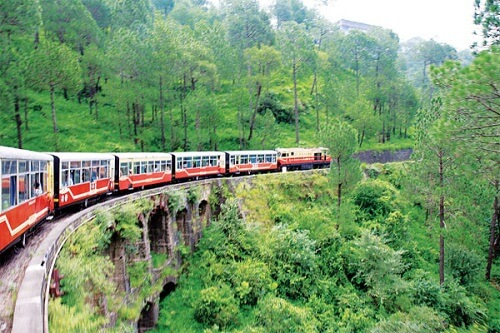 Shimla Manali Toy Train Holiday Package