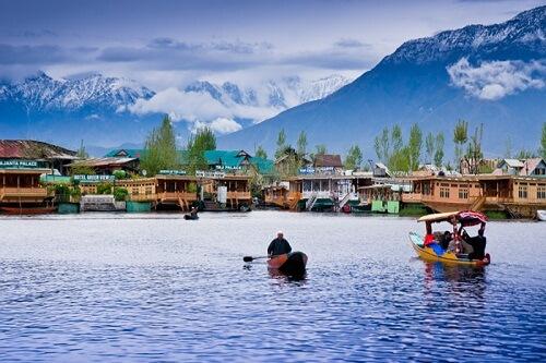Dal Lake, Srinagar, Jammu & Kashmir